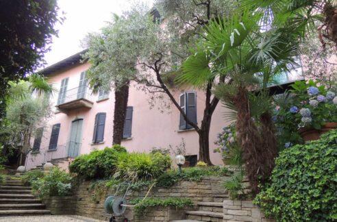 Antica villa museo sulla collina Gallarate