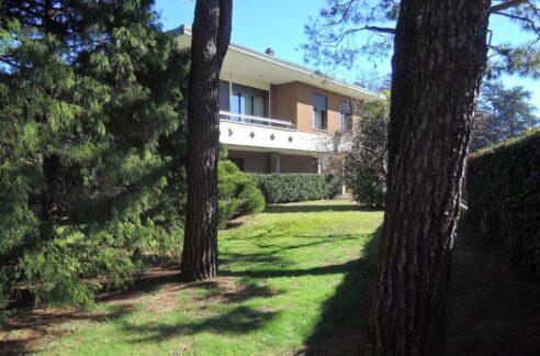 Villa singola con giardino Gallarate Cedrate
