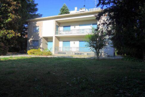 Villa con parco Gallarate centro