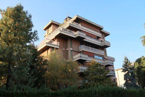 Ampio appartamento con terrazzo Gallarate centro